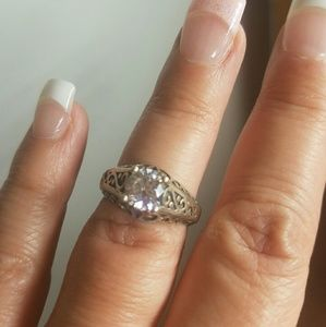 Jewelry - Sterling silver cz filigree ring